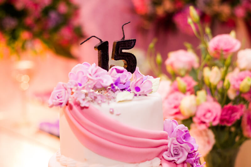 tradición del cumpleaños de los 15 en América Latina