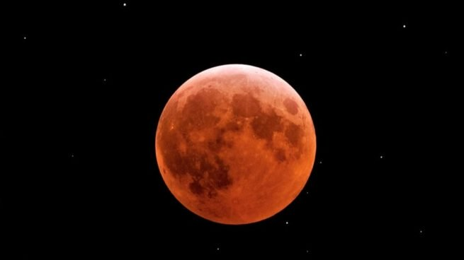 luna roja por oxido