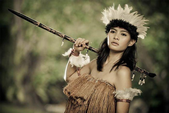mujer cazadora en la prehistoria